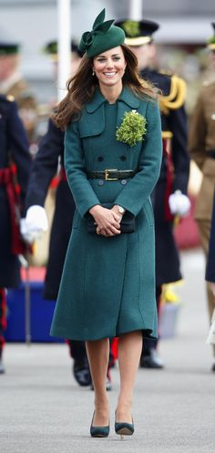 Pin for Later: 60 Style Lessons Kate Middleton Taught Us That We'll Never Forget Own Them, and Stress the Color Theme From Your Head to Your Toes Pippa Middleton, Kate Middleton Style, Jenny Packham, Alexander Mcqueen, Adel Verpflichtet, Hobbs Coat, Princesa Real, Prinz William, Self Portrait Dress