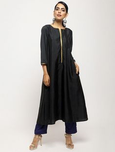 Silk blend relaxed fit laced kurta with contrast silk blend pants. The kurta has 2 pockets, pant has lining throughout and fully elasticated waist. Kurta Designs Women, Blouse Designs, Indian Dresses, Indian Outfits, Pakistani Dresses, Kurta Patterns, Kurti Embroidery Design, Embroidery Patterns, Kurta With Pants