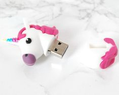 Licorne USB 2.0 flash drive 8Go - Licorne Flash Drive - Lecteur Flash licornes - Licorne une clé USB - lecteurs Flash Unicorn - Licorne papeterie