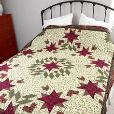 Make the perfect Christmas quilt -- a great one for the entire winter season, too. Holly & Ivy, by Melanie Greseth, is an extra long twin-size quilt pattern, so it's nice and cozy. A great quilt pattern for advanced beginners to seasoned quilters! Christmas Quilt Patterns, Baby Quilt Patterns, Christmas Quilting, Block Patterns, Quilting Patterns, Star Quilts, Quilt Blocks, Scrappy Quilts, Twin Quilt Size