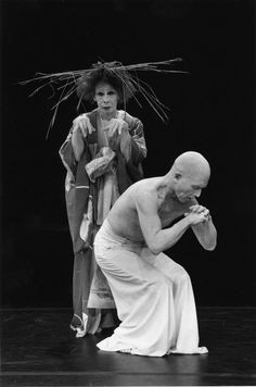 Photo: (c) William Irwin - Kazuo Ohno (大野 一雄, Ōno Kazuo) and his son, Yoshito, perform (Butoh Dance) at the Japan Society in 1999. S)