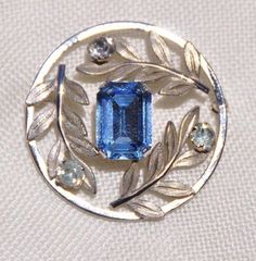 GORGEOUS VAN DELL STERLING PIN BROOCH, CIRCLE W/ EMERALD CUT BLUE STONE & LEAVES #VanDell