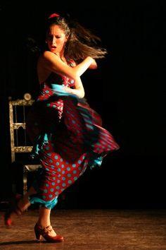 Take Flamenco lessons    Flamenco Now! Classes