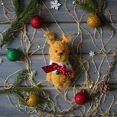 Малыш, ростик 11 см. Ищет хозяйку! #зайчик #заяц #зайка #игрушка #детям #амигуруми #amigurumi #вязание #knitting #белый #шапка #шарф #игрушка #toy #toys #gift #подарок #handmade #ручнаяработа #рукоделие #hobby #хобби #новыйгод #праздник #рождество #christmas #newyear #bunny #rabbit #teddybunny #bell