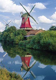 Zwillingswindmühlen bei Greetsiel, Niedersachsen