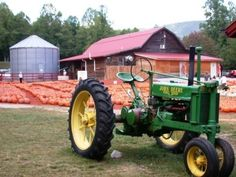 Burt's Pumpkin Farm - Dawsonville Ga
