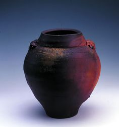 Ceramic Vase - Australian Pottery by Janet Mansfield Australia |Pinned from PinTo for iPad|