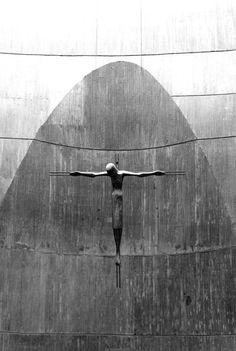 Iglesia Santa Ana, Moratalaz, Madrid, DESEOPOLIS