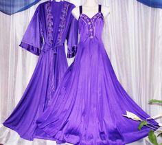 Vanity Fair purple sweep rare embroidered vintage nightgown peignoir   VanityFair2piecepurpleset 3be7fa933