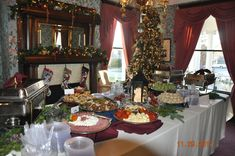Buehler's Catering Menu offers party trays, starters, entrees, sides, buffets and so much more! Party Trays, Catering Menu, Christmas Parties, Event Planning, Entrees, Buffet, Table Settings, Backyard, Fresh