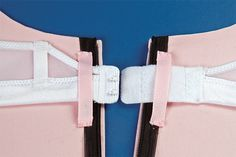Most recent Totally Free Sewing clothes bras Tips Tricks for adding a bra into a dress Diy Clothing, Sewing Clothes, Clothing Patterns, Sewing Patterns, Vintage Clothing, Sewing Hacks, Sewing Tutorials, Sewing Crafts, Sewing Projects