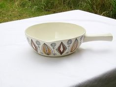 Vintage Scandinavian Egersund Figgjo Flint Onion Design Ceramic Handle Dish