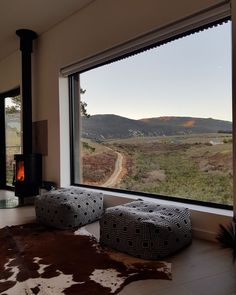 Be enveloped in the comfort offered by this new luxury, Hemel-and-Aarde valley pod in Hermanus.