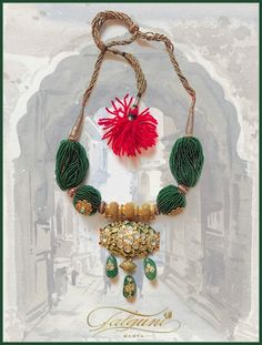 Jewellery by Falguni Mehta Antique Jewellery Designs, Gold Jewellery Design, Victorian Jewelry, Indian Wedding Jewelry, Bridal Jewelry, Beaded Jewelry, Bridal Jewellery Inspiration, Rajputi Jewellery, Gold Jewelry Simple