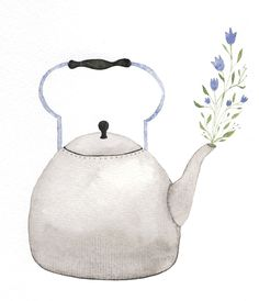 Kettle with blue flowers