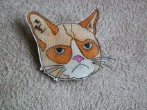 Broche grumpy cat en plastique dingue / DIY shrink plastic