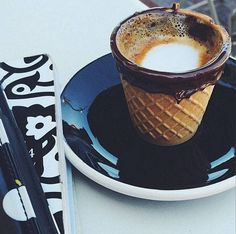 Have your coffee and eat the cup! Now that's recycling.  Chocolate cone coffee cup | LA coffee house invents the best edible coffee cups in the whole wide ...