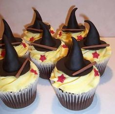 Witch and wizard cupcakes