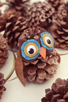 DIY Pinecone owl craft