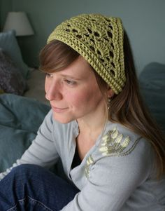 Lacy crochet kerchief with free pattern. LOVE