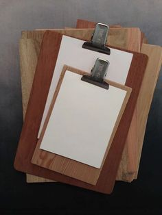 cajas de madera  tablitas lápices