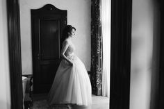 Bride getting ready | Destination Wedding Photographer | Frames and Tales