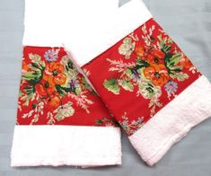 New Hand Towels with Bright RED florals on Mercari Cream Hand Towels, Brown Hand Towels, Red Towels, Soft Towels, Hand Towel Sets, Laura Ashley Fabric, Ralph Lauren Fabric, Floral Room, Apple Prints