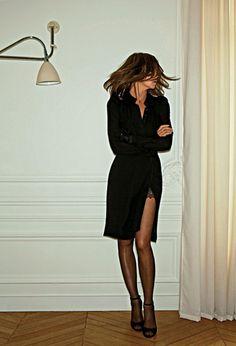 The smoky eye. The razor sharp heel. The attitude. We love Carine Roitfeld #StyleIcon