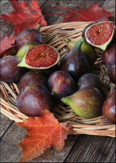 basket | fresh figs