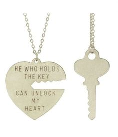 Boyfriend and girlfriend necklaces❤ sooo adorable. - hope my significant other buys this - wish i got this as a vday gift!