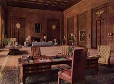 9. Esta era la oficina de Hitler.