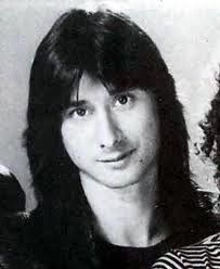 Anyway you want it, that's the way you need it.  Love the feathered hair - vintage Steve Perry