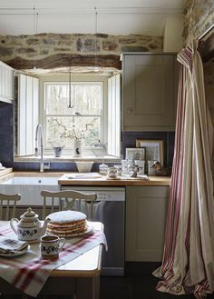 This adorably charming English country stone cottage - to die for and reminds me of Kate Winslet's country cottage in The Holiday. Stone Cottage, House Styles, House Interior, Cottage Interiors, Stone Cottages, Country Style Homes, Cottage Kitchens, Country House Decor, Kitchen Style