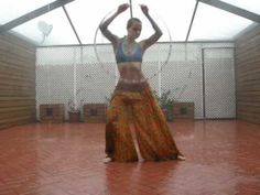 Erin Sparrow..hooping to Florence + the Machine.