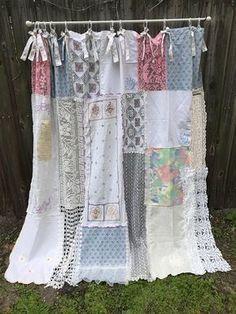 Shabby Chic Shower Curtain/Bathroom/Curtain/Cottage Chic/Home Decor/Shower Curtain/Vintage Crochet/Vintage Crochet/Vintae Fabrics