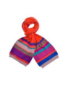 Kenzo Kids - разноцветный шарф с фирменной вышивкой http://oneclub.ua/sharf-17688.html#product_option23