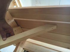 BATIKO ist die Gartentisch-Gartenbank-Kombination aus Naturholz geölt - Gartenmöbel mit Pfiff Folding Picnic Table Bench, Diy Picnic Table, Picnic Table Plans, Wooden Bench Plans, Woodworking Projects Diy, Lanterns, Projects To Try, How To Plan, Design