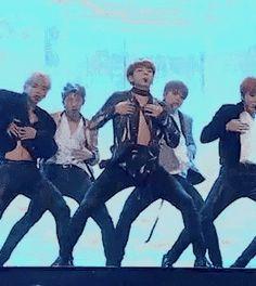 bts, kpop, and jungkook image Bts Taehyung, Jungkook Jimin, Bts Bangtan Boy, Jung Kook, Jikook, K Pop, Billboard Music Awards, Yoonmin, Wattpad