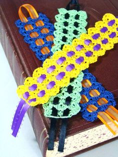 crochet bookmark...I love little projects with ribbon AND crocheting...
