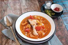 Halászlé, pörkölt, pogácsa, lángos, palacsinta, lecsó - az ételek, melyeket szinte mindenki szeret kis hazánkban. Ha te is imádod a magyaros fogásokat, ez a gyűjtemény neked szól, íme 15 alaprecept, melyet ismerned kell. Thai Red Curry, Ethnic Recipes, Food, Essen, Meals, Yemek, Eten