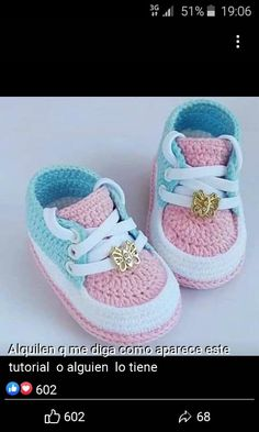 Best baby shoes pattern how to make Ideas Crochet Baby Sandals, Crochet Baby Boots, Booties Crochet, Crochet Baby Clothes, Crochet Shoes, Crochet Slippers, Baby Booties, Kids Crochet, Baby Shoes Pattern