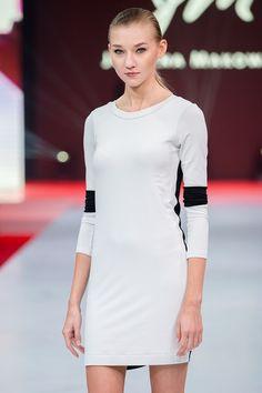 Gaja - sukienka - JUSTYNA-MAKOWSKA-FASHION-DESIGNER - Dzianina