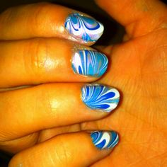 I like this color combination. I think I'm a little addicted to water marbling! Lol :)