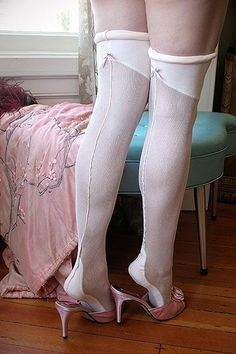 Dollhouse Bettie Juliet Ivory Seamed Silk Flapper Stockings