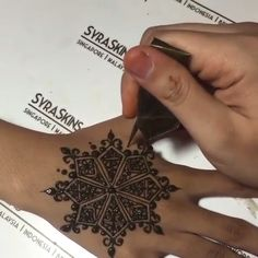 Wow…Amazing ❤️ Wow…Amazing ❤️,Henna Wow…Amazing ❤️ Related posts:Henna video - henna Latest Mehndi Designs For 2020 Henna Hand Designs, Mehndi Designs Finger, Hena Designs, Beginner Henna Designs, Modern Mehndi Designs, Mehndi Designs For Fingers, Beautiful Henna Designs, Bridal Mehndi Designs, Henna Tattoo Designs
