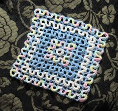 Wiggly Crochet Dishcloths review - I figured out how to do it without a pattern. It has the most interesting texture! I love it! Crochet Scrubbies, Crochet Towel, Love Crochet, Crochet Yarn, Crochet Afghans, Crochet Blankets, Double Crochet, Wiggly Crochet Patterns, Crochet Potholder Patterns