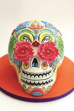 #FondantFriday - Dia de los Muertos Inspiration Cake • CakeJournal.com