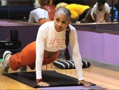 ernestine shepherd | Ernestine Shepherd Is 76 With The Body Of A 35 Year Old (Pics + Video)