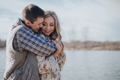 5 tips to rock your engagement photos