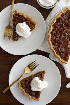 Pecan Pumpkin Pie with Bourbon Maple Whipped Cream | girlversusdough.com @girlversusdough